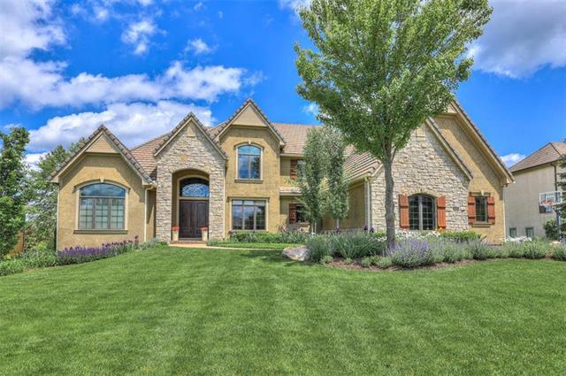 5018 W 147th Street, Leawood, KS 66224 (#2156007) :: The Shannon Lyon Group - ReeceNichols