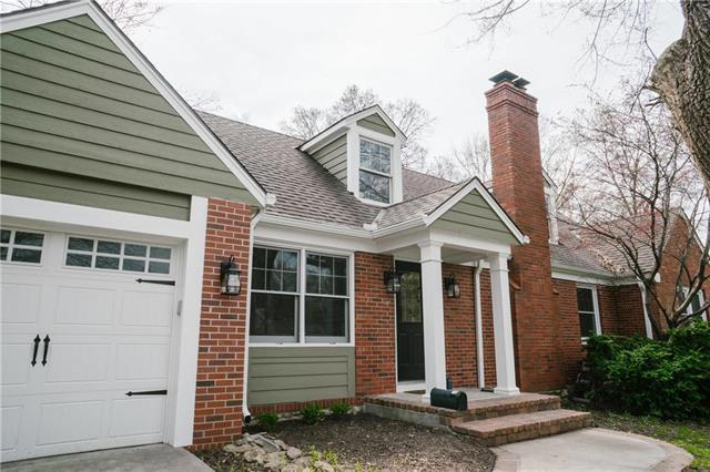 7959 Lee Boulevard, Leawood, KS 66206 (#2156075) :: House of Couse Group