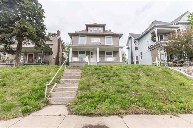 3910 Windsor Avenue, Kansas City, MO 64123 (#2156498) :: House of Couse Group