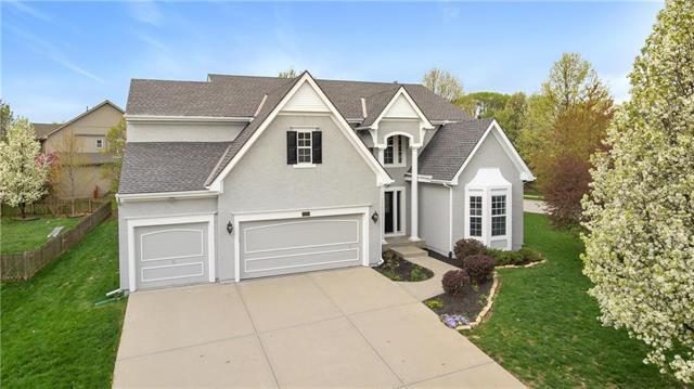 15828 Rosewood Drive, Overland Park, KS 66224 (#2156783) :: Eric Craig Real Estate Team