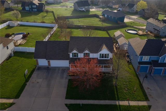 1700 Remington Street, Pleasant Hill, MO 64080 (#2156989) :: House of Couse Group