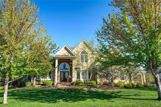 5700 Golden Bear Drive, Overland Park, KS 66223 (#2157288) :: The Shannon Lyon Group - ReeceNichols