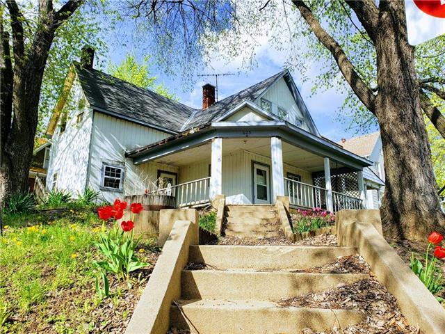 625 Atchison Street, Atchison, KS 66002 (#2157619) :: Stroud & Associates Keller Williams - Powered by SurRealty Network