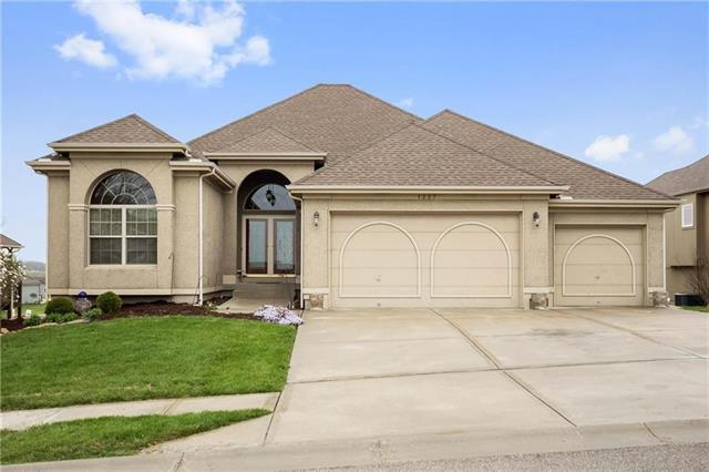 1227 Kettering Lane, Raymore, MO 64083 (#2157757) :: Eric Craig Real Estate Team