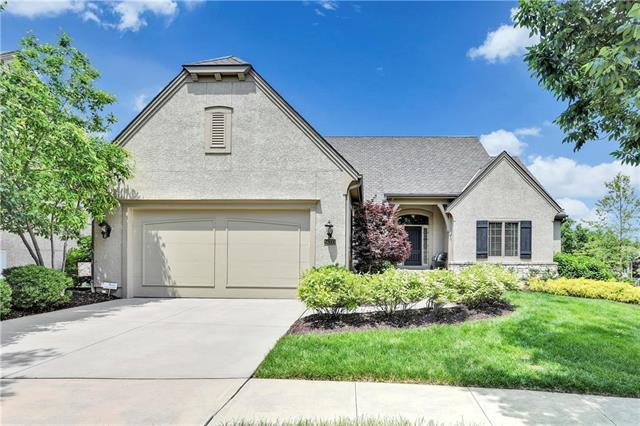 14333 Benson Street, Overland Park, KS 66221 (#2158307) :: Eric Craig Real Estate Team