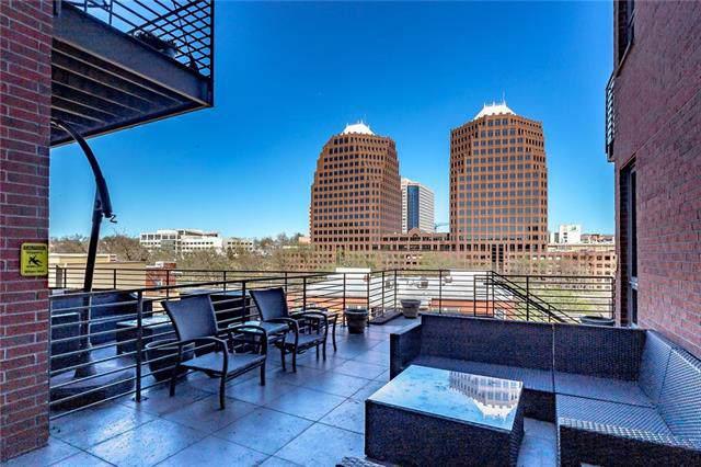 4521 Wornall Road #306, Kansas City, MO 64111 (#2158800) :: Dani Beyer Real Estate
