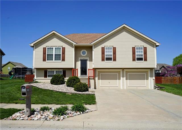 1110 Melody Court, Kearney, MO 64060 (#2159330) :: House of Couse Group