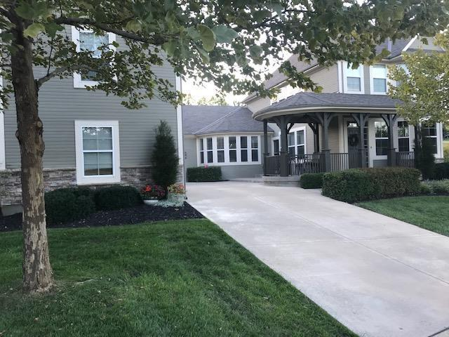 7150 National Drive, Parkville, MO 64152 (#2159703) :: House of Couse Group