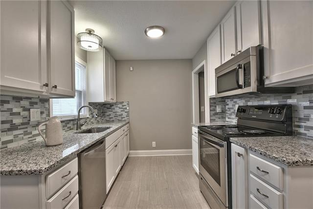 7342 Arleta Boulevard, Kansas City, MO 64132 (#2160025) :: House of Couse Group