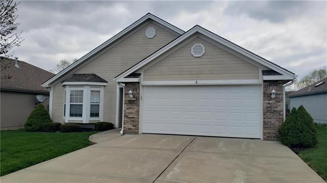 5405 S Shrank Court, Independence, MO 64055 (#2160103) :: House of Couse Group