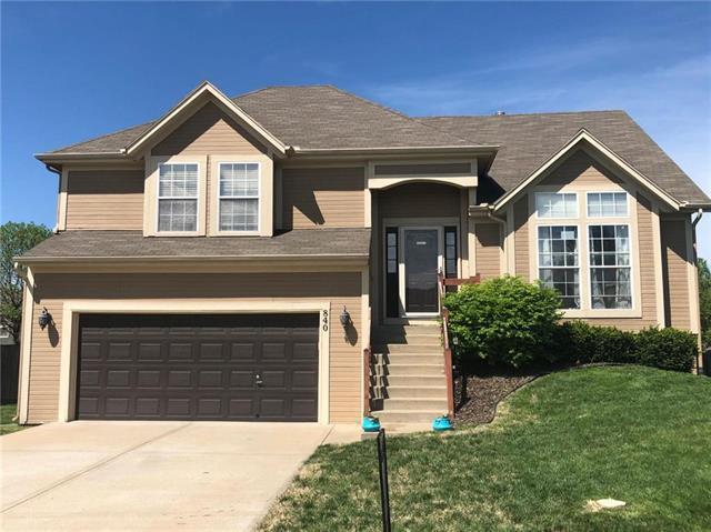 840 N Spruce Street, Gardner, KS 66030 (#2160384) :: House of Couse Group