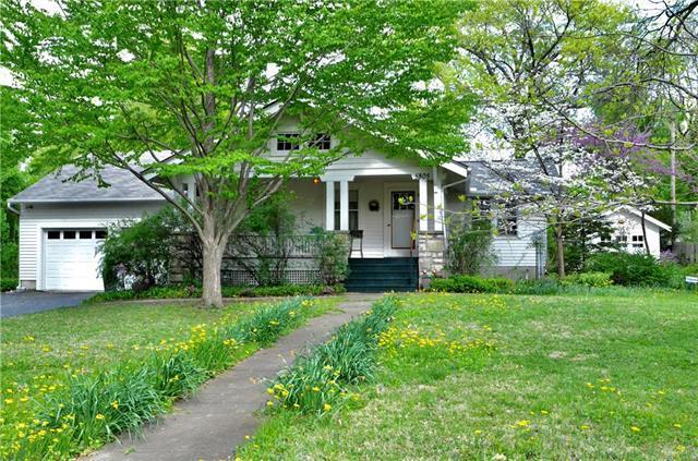 5805 Goodman Street, Merriam, KS 66202 (#2160471) :: Team Real Estate
