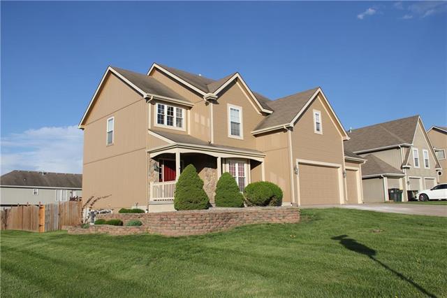 934 Southfork Street, Lansing, KS 66043 (#2160478) :: House of Couse Group