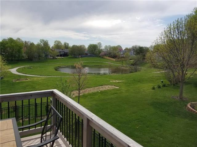 2208 NW Eclipse Court, Blue Springs, MO 64015 (#2161269) :: House of Couse Group