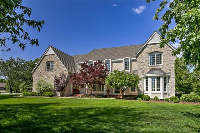 13732 Alhambra Street, Leawood, KS 66224 (#2161495) :: House of Couse Group
