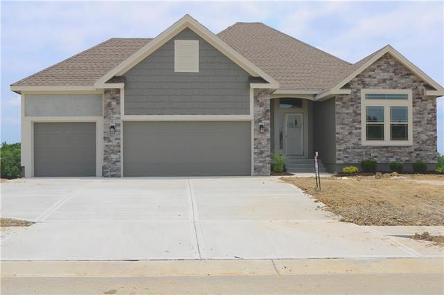 9205 NE 94th Street, Kansas City, MO 64157 (#2161626) :: Eric Craig Real Estate Team