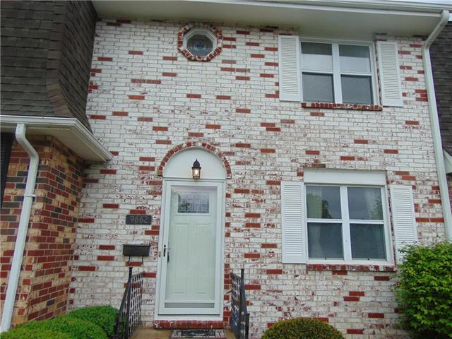 9662 Wedd Street, Overland Park, KS 66212 (#2161765) :: Eric Craig Real Estate Team