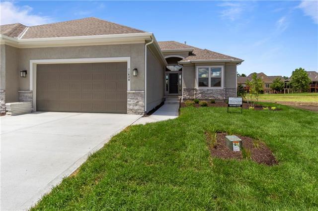 11630 S Deer Run Street, Olathe, KS 66061 (#2161852) :: Clemons Home Team/ReMax Innovations
