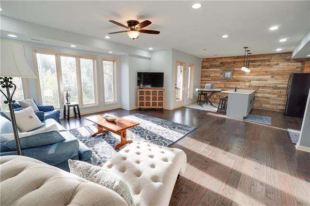 4338 N Jarboe Court, Kansas City, MO 64116 (#2162198) :: Kansas City Homes