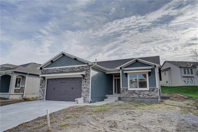 8711 N Britt Avenue, Kansas City, MO 64154 (#2162341) :: Eric Craig Real Estate Team