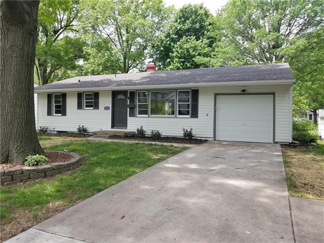 5514 N Woodland Avenue, Kansas City, MO 64118 (#2162733) :: House of Couse Group