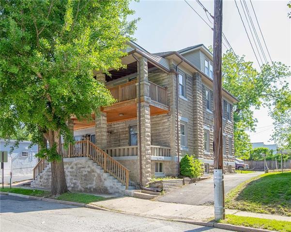 3109 Charlotte Street, Kansas City, MO 64109 (#2163276) :: Eric Craig Real Estate Team