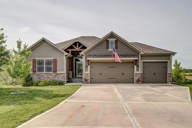 20301 E 23rd Street, Independence, MO 64075 (#2164238) :: House of Couse Group