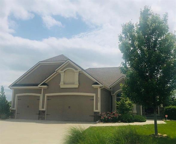4308 S White Sands Court, Blue Springs, MO 64015 (#2164339) :: House of Couse Group