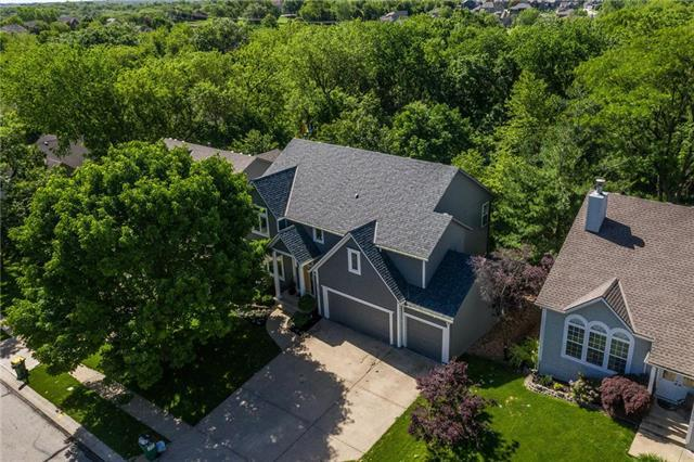 23107 W 46TH Street, Shawnee, KS 66226 (#2164938) :: House of Couse Group