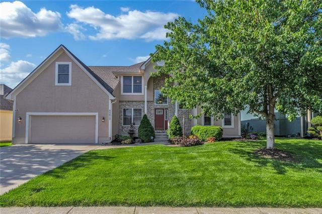 25617 E 31st Terrace, Blue Springs, MO 64015 (#2165097) :: House of Couse Group