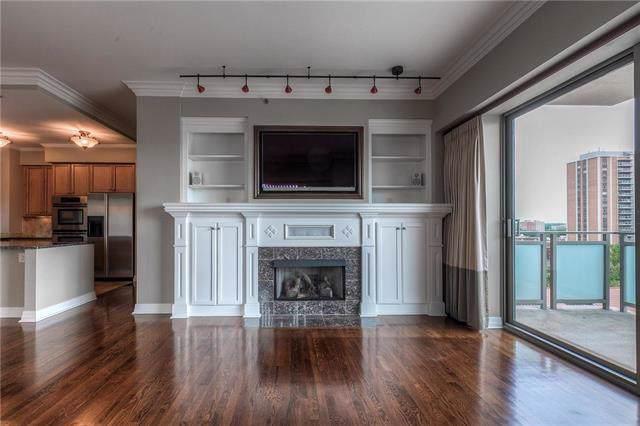 4950 Central #703 Street, Kansas City, MO 64112 (#2165324) :: Eric Craig Real Estate Team