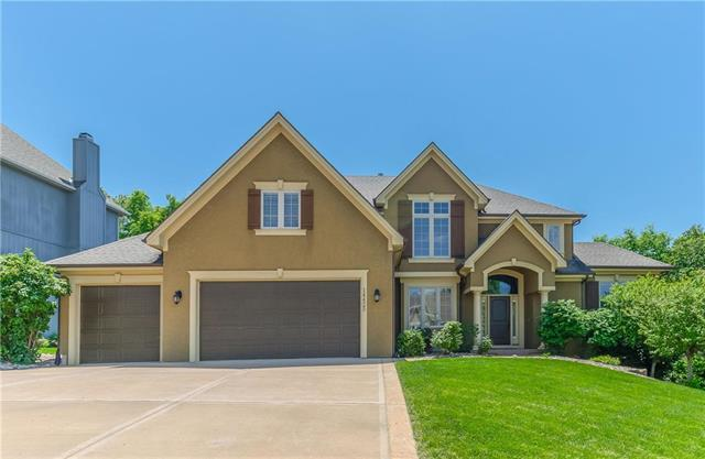 14425 NW 62nd Place, Kansas City, MO 64152 (#2165620) :: House of Couse Group