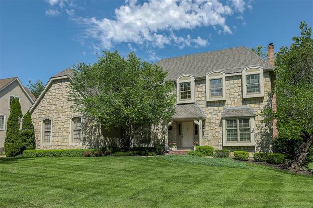 13013 Delmar Street, Leawood, KS 66209 (#2165949) :: House of Couse Group