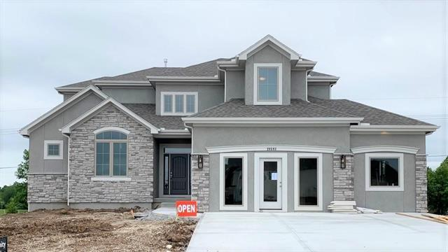 20593 W 110th Place, Olathe, KS 66061 (#2165994) :: The Shannon Lyon Group - ReeceNichols