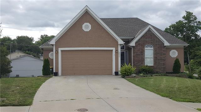 3800 NE 72nd Terrace, Gladstone, MO 64119 (#2167499) :: Eric Craig Real Estate Team