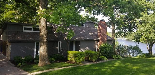 7816 NW Scenic Drive, Weatherby Lake, MO 64152 (#2167949) :: House of Couse Group