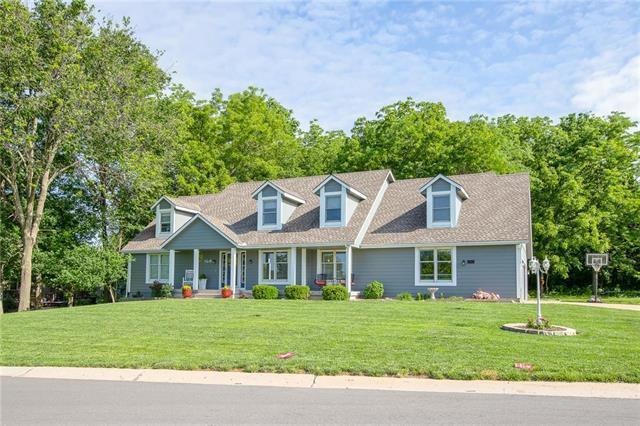105 Seneca Lane, Lake Winnebago, MO 64034 (#2168306) :: House of Couse Group