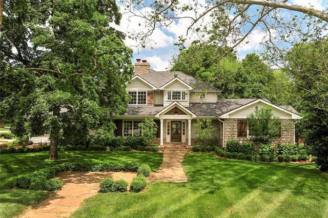 3820 W 66th Street, Mission Hills, KS 66208 (#2168505) :: Kansas City Homes