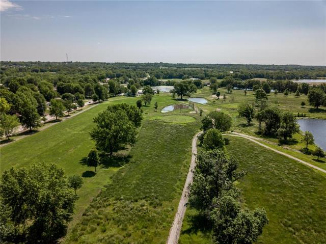 1506 Country Club Drive, Pleasant Hill, MO 64080 (#2168591) :: House of Couse Group