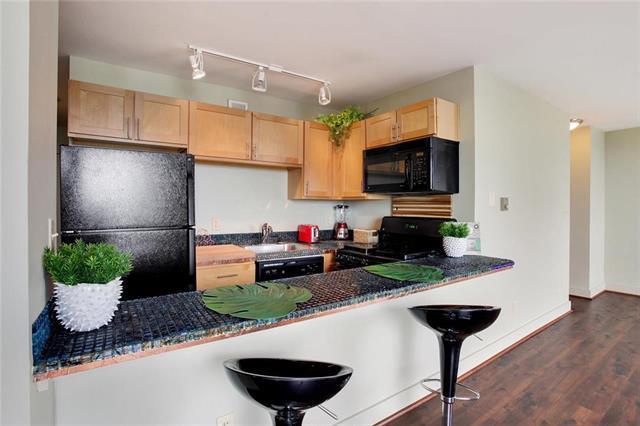 600 E 8th Street 9F, Kansas City, MO 64106 (#2168969) :: Team Real Estate