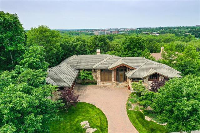 11126 Brookwood Avenue, Leawood, KS 66211 (#2169659) :: Eric Craig Real Estate Team