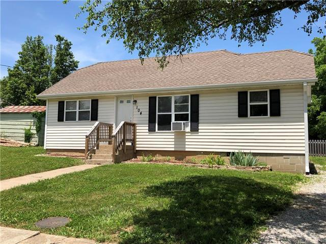 104 W 4th Street, Freeman, MO 64746 (#2169861) :: House of Couse Group