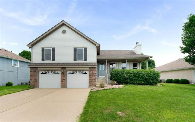 19416 E 11th N Terrace, Independence, MO 64056 (#2170985) :: House of Couse Group