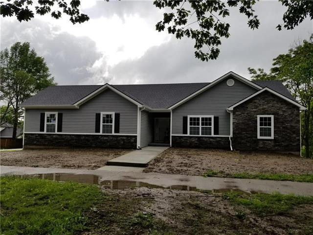 710 N Noyes Boulevard, St Joseph, MO 64506 (#2171513) :: House of Couse Group