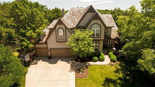 26413 W 111TH Terrace, Olathe, KS 66061 (#2171693) :: NestWork Homes