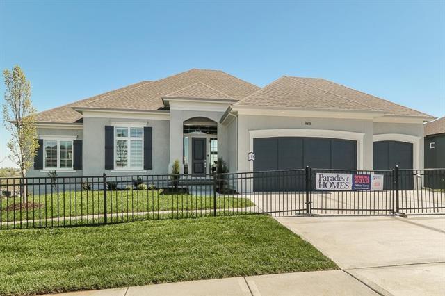 17133 Bradshaw Street, Overland Park, KS 66221 (#2171716) :: No Borders Real Estate
