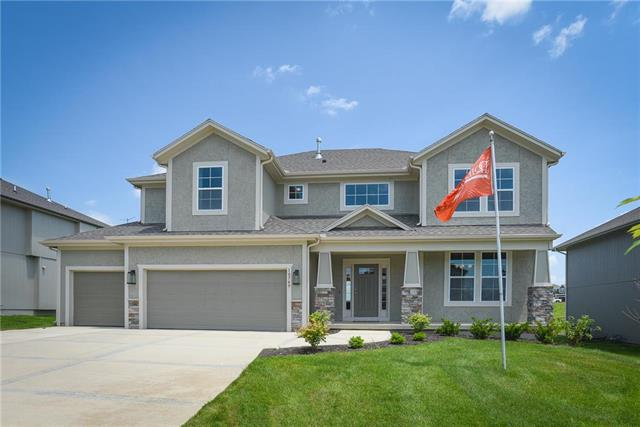 10749 S Race Street, Olathe, KS 66061 (#2171849) :: The Shannon Lyon Group - ReeceNichols