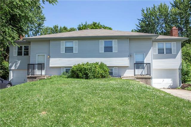 8933 Caenen Lake Road, Lenexa, KS 66215 (#2171945) :: Eric Craig Real Estate Team