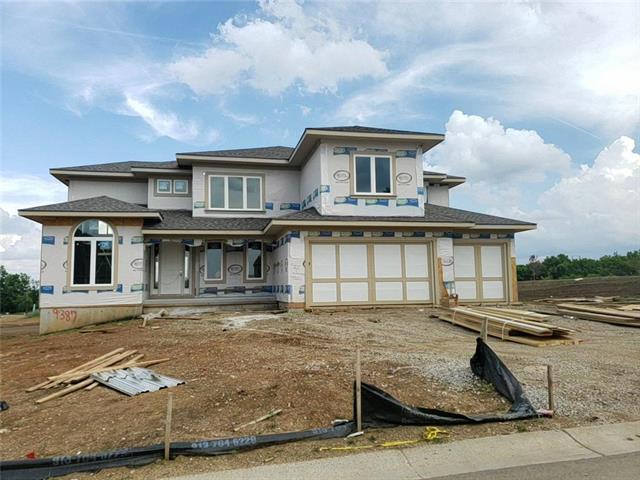 9387 Brownridge Street, Lenexa, KS 66220 (#2172002) :: House of Couse Group