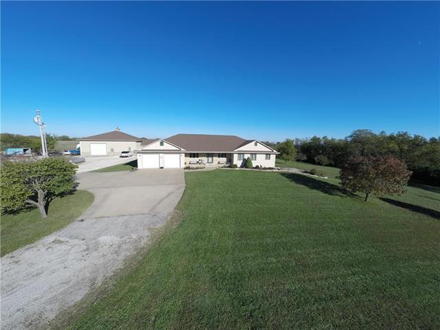 18478 174th Street, Basehor, KS 66007 (#2172278) :: No Borders Real Estate